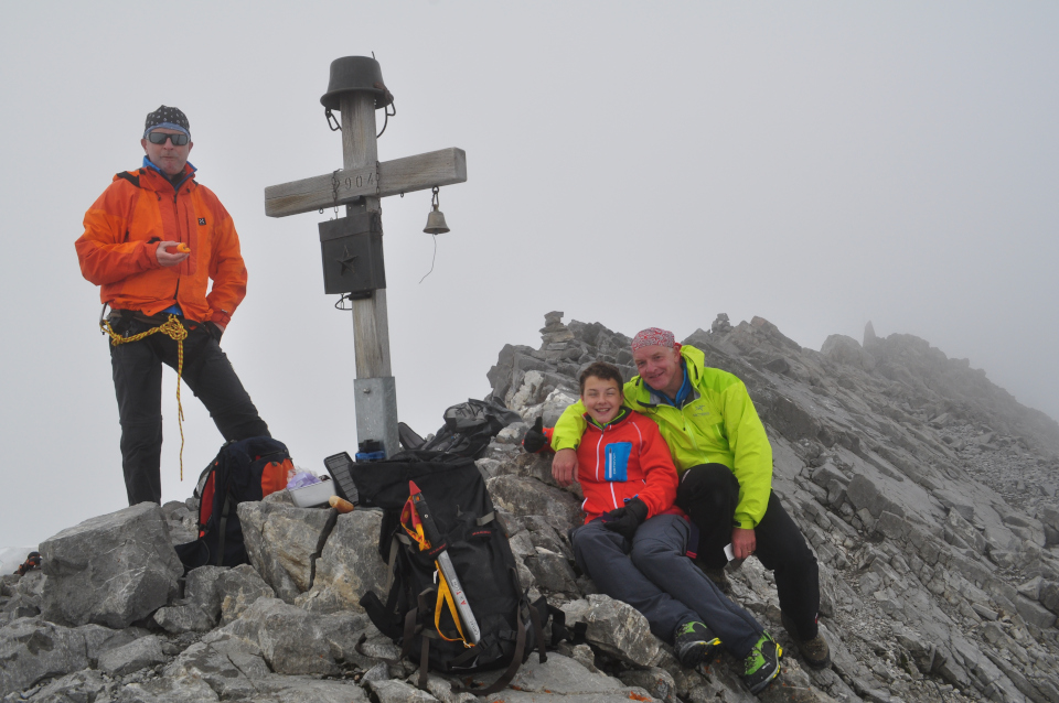 Erfolg nach der Herausforderung: Bergtour